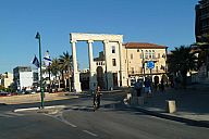 israel_2014_day1b_p102099835.jpg: 125k (2014-05-02 15:38)